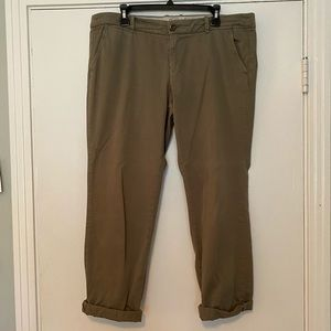 J. Crew City Fit straight leg ankle cuffed chinos